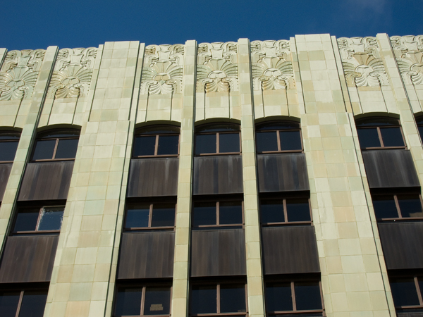 architectural terracotta, oakland art deco building