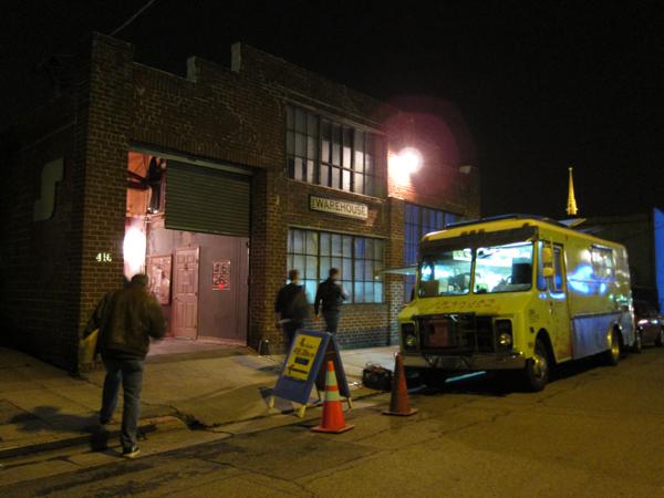 oakland art murmur, liba falafel truck, 26th street oakland