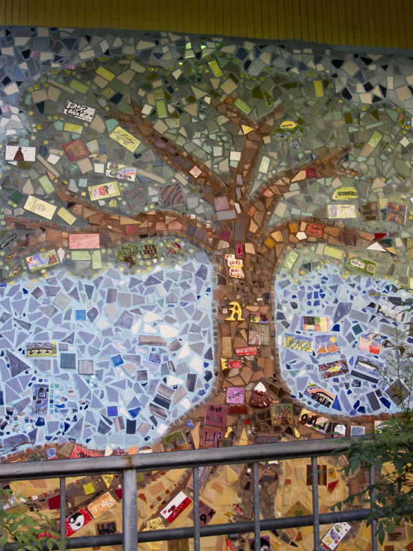 bret harte middle school, oakland tree mosaic, oakland mosaic art