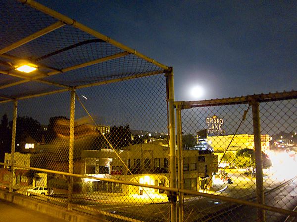 walkway over 580, full moon oakland