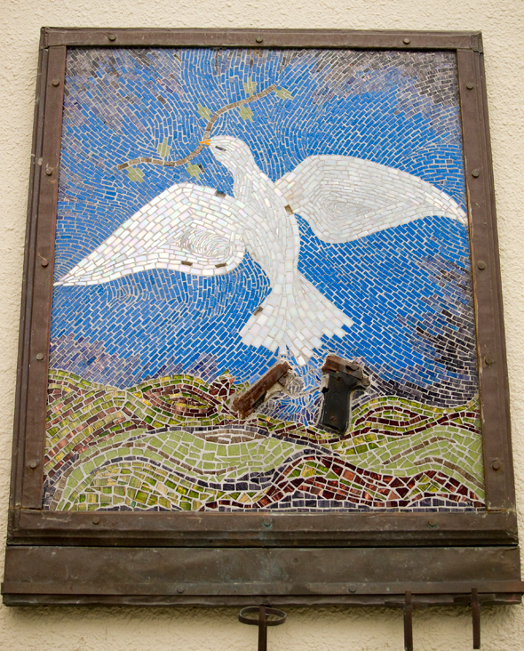 peaceful streets, guns into art, peace dove with broken gun, peace dove mosaic