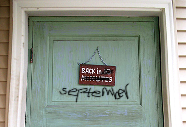 sign on door, back in 10